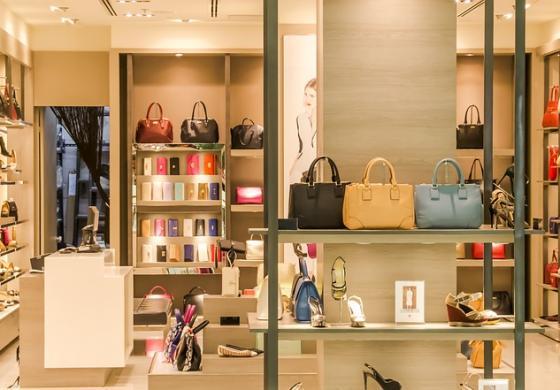 Le caratteristiche per un perfetto arredamento all'interno dei negozi